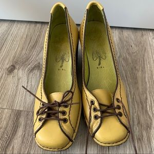 FLY GIRL LONDON Shoes Wedge Chartreuse Size 38